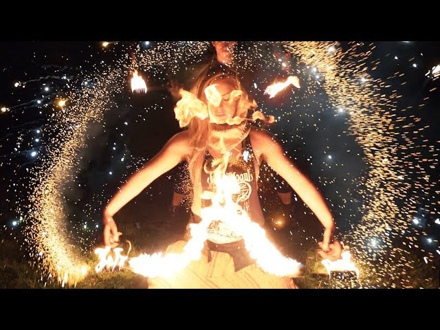 EPIC Invisible Pieces : 30 Fire Artists - Fireworks - Fire Breathers