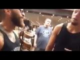 Клон Конора МакГрегора сталкивается с Нэйтом Диасом на  UFC Fan Expo