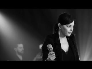 Ebru Gundes - Firtinalar (Canlı Performans)