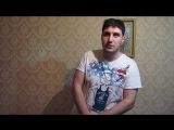 Эльдар Богунов показывает актерскую игру, передавая видео привет Лене и Косте