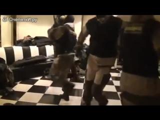 Спецназ в ожидании задания! Спецназ танцует народный танец!
