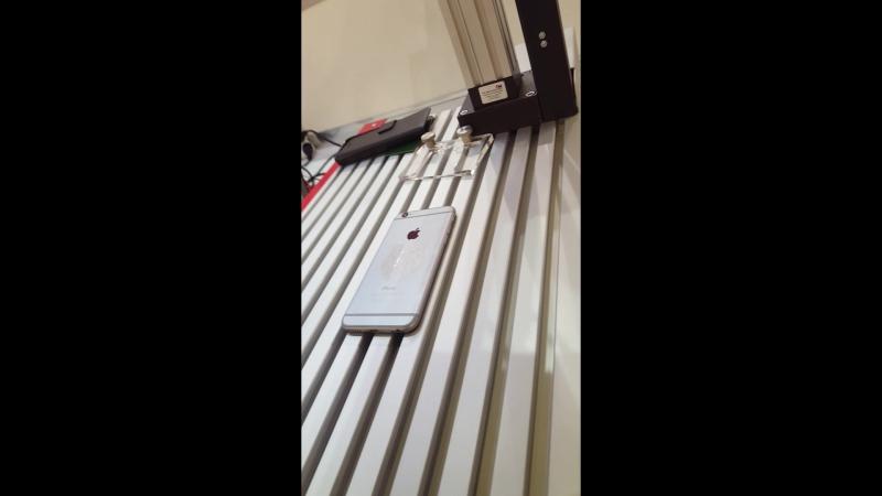 Гравировка айфона. Перелив серого и белого цветов