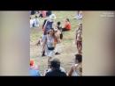 Топлес недотрога избила участника винного фестиваля в Новой Зеландии