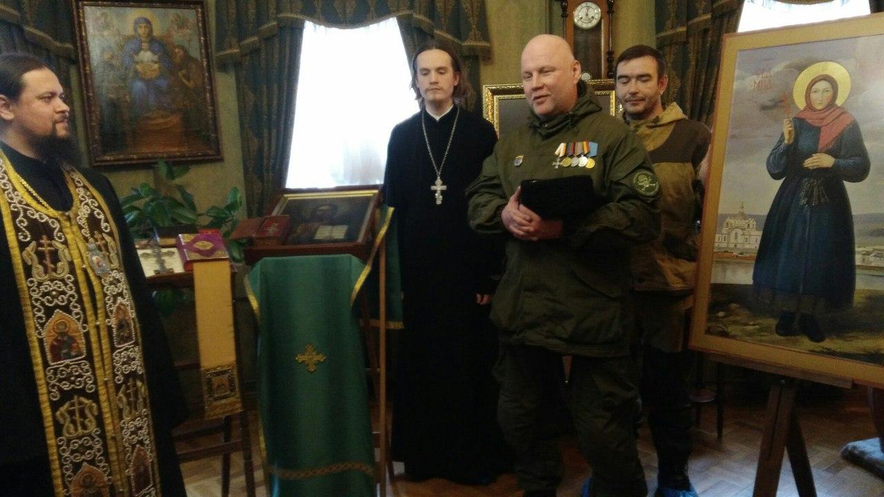 Торжественный акт передачи иконы состоялся вчера 30 января в присутствии представителей казачества.  Икона была освящена кропилом св.Иоанна Кронштадтского.