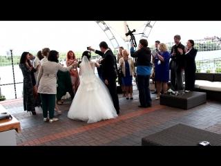 В работе.Съёмка свадеб и других мероприятий.Тел: 89527989985