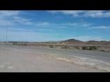 Перевозка гигантской ядерной_ракеты рядом с Зоной 51 в США, штат Невада.
