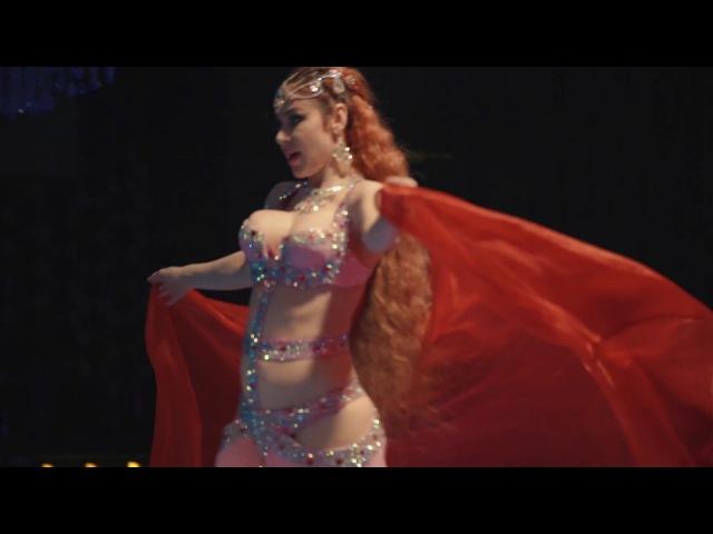 Oxana Bazaeva | Оксана Базаева - в рекламе ресторана Malak Emeraude в Марракеше