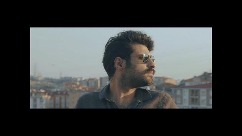 Ozbi Feat. Gülce Duru HAYAT GARİP (Rakılı Live 2.Seri)