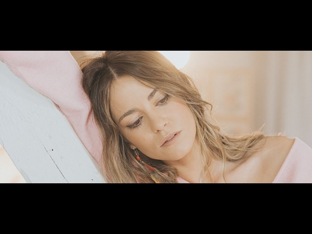 Sofia Ellar - Mundos...? (Videoclip Oficial)