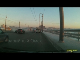 Момент аварии мост 60 лет ВЛКСМ 15 декабря 2017 ЗИЛ Омск