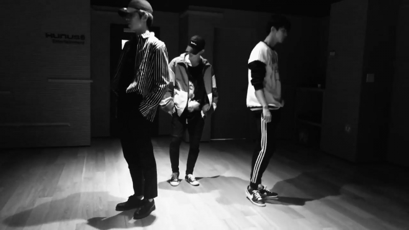 20171010 ROMEO (로미오) - Omarion 'Arch it up' Dance Practice Video