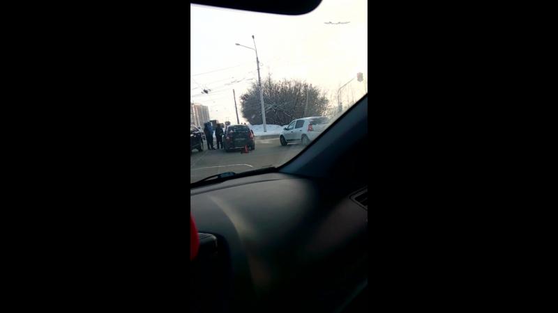 ДТП Уфа перекрёсток Вологодской и Интернациональной