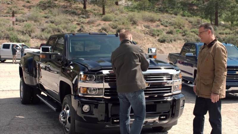 Howie Long Drag Races the Silverado HD vs Ford Super Duty | Chevrolet