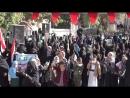 Des centaines de femmes et d'enfants ont organisé un rassemblement armé à Sanaa samedi contre l'Arabie Saoudite