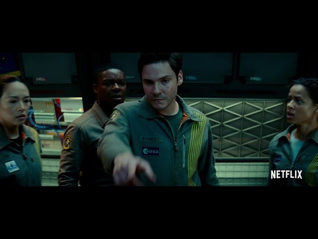 The Cloverfield Paradox, Lost 30 Trailer