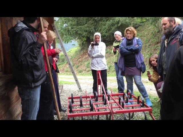 Йозеф Хольцер о навесном оборудовании для мини-трактора (Культиватор и картофелекопалка)