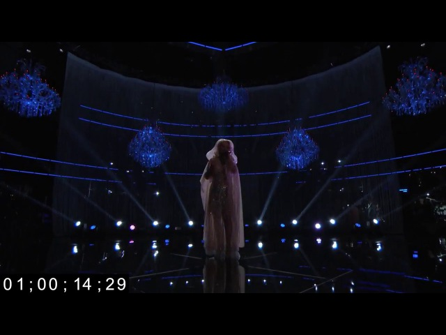 [HD] Christina Aguilera Whitney Houston - Hologram Performance On The Voice