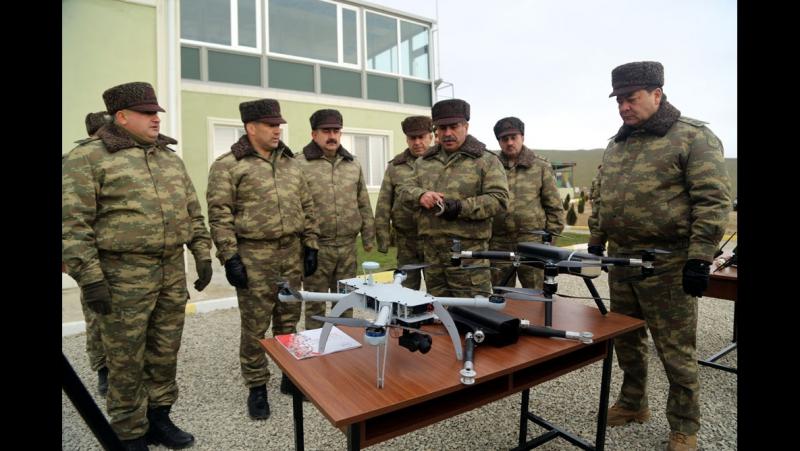 AMEA Yüksək Texnologiyalar Parkında hazırlanan dronlar.