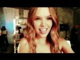Жозефин Скрайвер в рекламном ролике совместной коллекции VS x BALMAIN