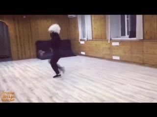 Вот Это Лезгинка Вот как надо танцевать Под красивой Музыкой Потому что я влюблен ШАМИЛЬ КАШЕШОВ.mp4