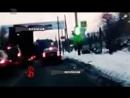 За мгновенье до трагедии Водитель легковушки объехал грузовик ДТП едва не случилось на проспекте Ленина
