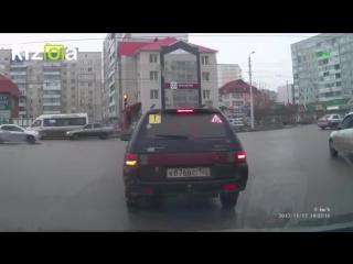 водитель не уступил дорогу пешеходу