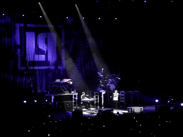 Linkin Park - Pushing Me Away (live in Saint Petersburg 05.06.2007)
