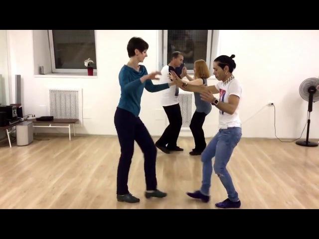 Продолжающая группа по бачате в Школе танцев Чино Jhonny Rijo Soñe Contigo