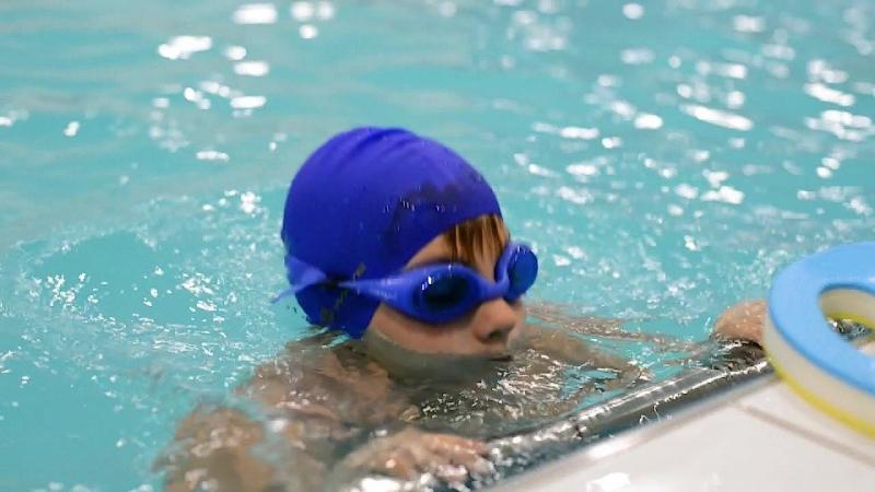 Здоровый ребенок. Спортивное плавание