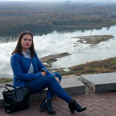 Юлечка Медведева