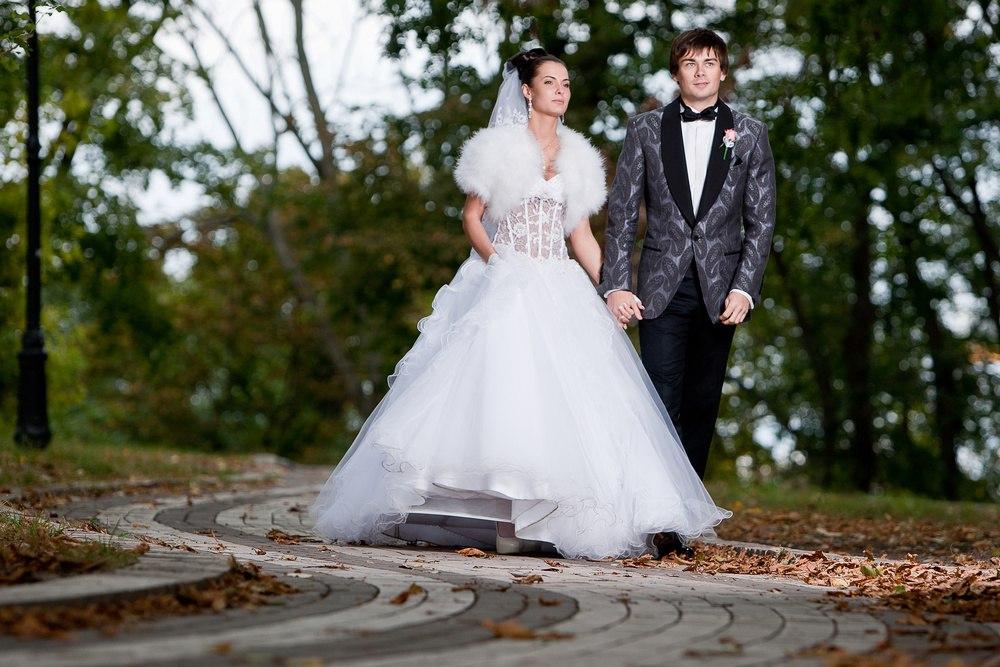 eBPp 7OxT7U - Выбираем дату свадьбы