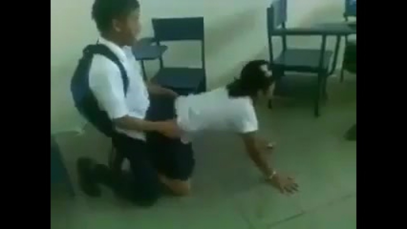 15 летние школьники казахи занялись сексом прям в школе секс порно дп цп