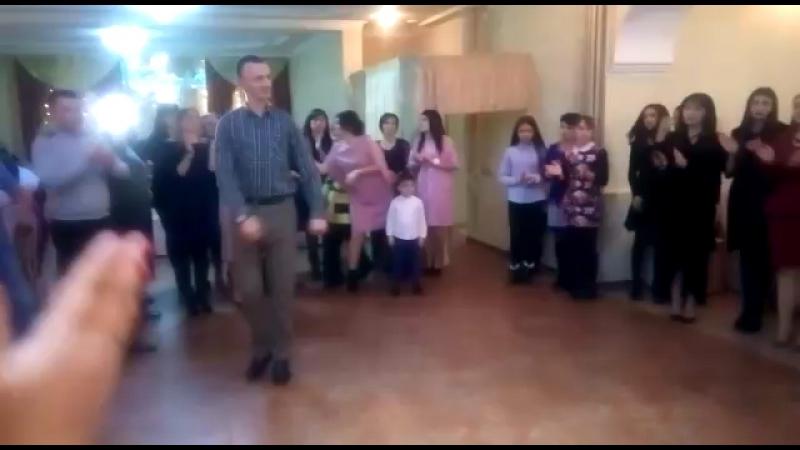 Танец с Хамзиком под самую красивую песню Черима💃🕺👏