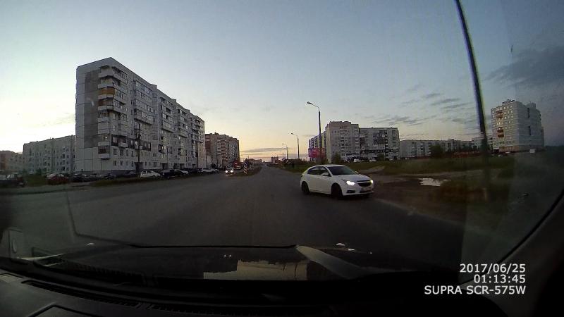 Странный выезд на встречную полосу. Северодвинск.