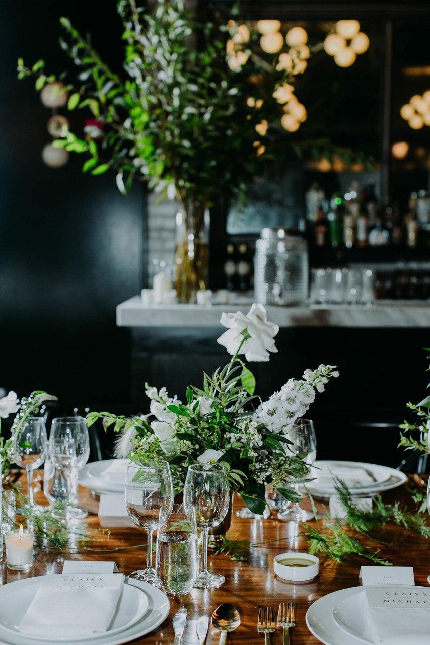 Qx4Cun0EIzM - Трогательные нюансы зимней свадебной фотосессии в городе