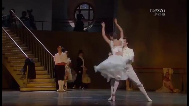 La petite danseuse de Degas - Dorothee Gilbert