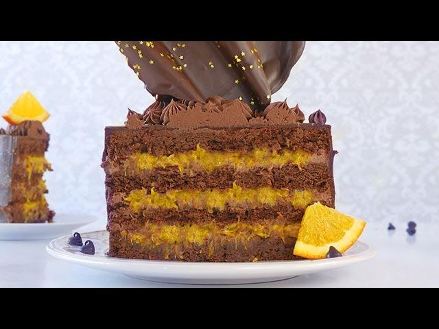 Шоколадный торт брауни с шоколадно- сливочным ганашем и апельсиновым конфи