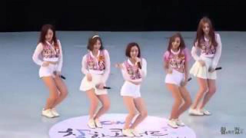 Мужиков надо любить Необычайно красивая песня и танец кореянок Я плакал Супер