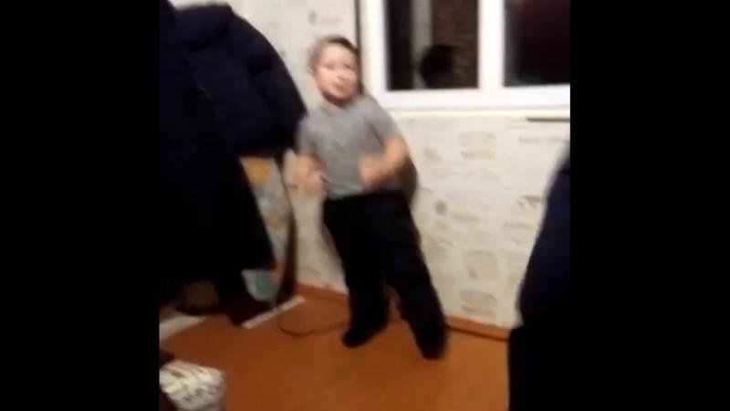 Макс танцуй