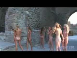 арциз белгород маленькие голые девочки гуляют и их маленькие детские писи и сиси.