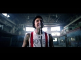 Yelawolf Feat. Travis Barker &amp Juicy J - Punk