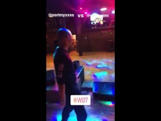 Oxxxymiron готовится к баттлу против Dizaster'a в Лос-Анджелесе (#NR)