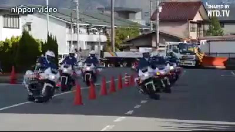 Завораживающий танец японского мотобата