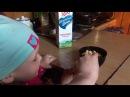 Молоко и сухарики