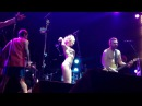 Алиса Вокс разделась на концерте группы Ленинград