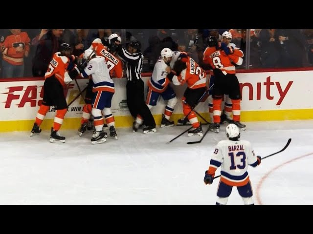 Andrew Ladd stirs up melee between Flyers, Islanders