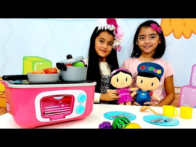 Pepee ve Şila Evcilik Oyunu Yemek pişirme oyunları Oyun hamuru videoları Evcilik oyuncakları