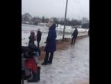 Житель Карелии спас собаку, бросившись в ледяную прорубь без одежды