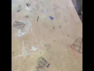 В Сочи уволили учительницу за видео про сломанную в классах мебель