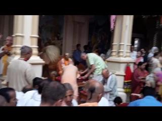 Srila Prabhupadas Guru Puja in Sri Vrindavan Dham.